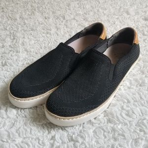 Dr Scholl's Madi black slip on sneakers size 8